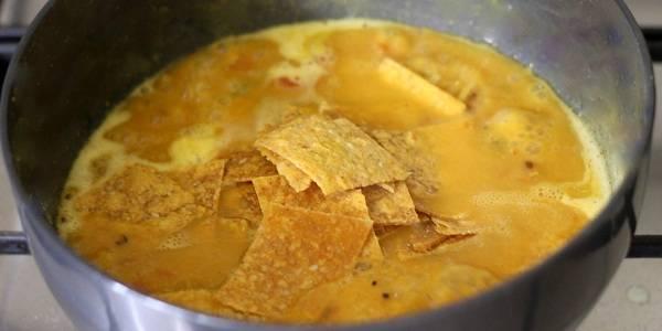 Dal-Dhokli-Recipe-for-dal-adding-dhokali