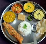 Gujarati-food_thumb1