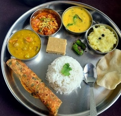 Gujarati-food_thumb1
